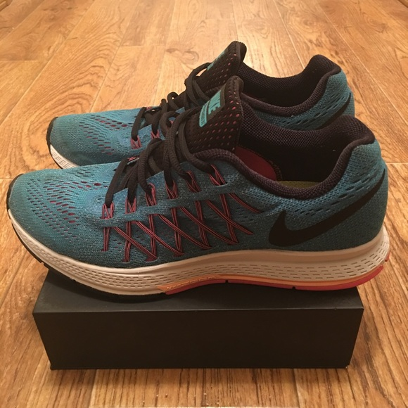 [Nike] Zoom Pegasus 32 Womens Running Shoes (used)